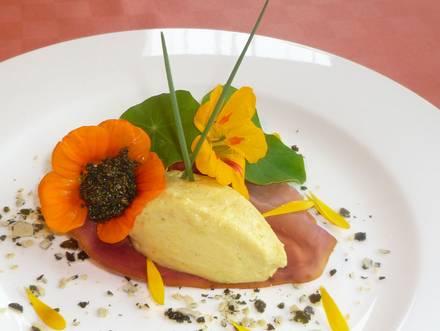 """Kürbismousse mit """"Kaviar"""" von Brennnessel (Teil 1)"""