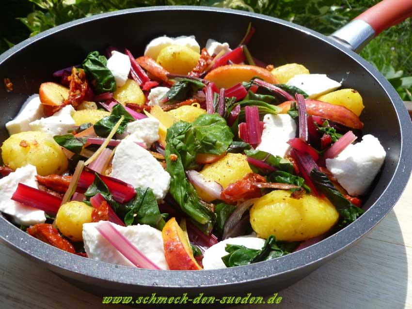 Ein Gemüse mit kräftig, erdigen Geschmack: Mangold
