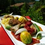 Vitale Sommerküche mit Salaten, Gemüse & Kräuter