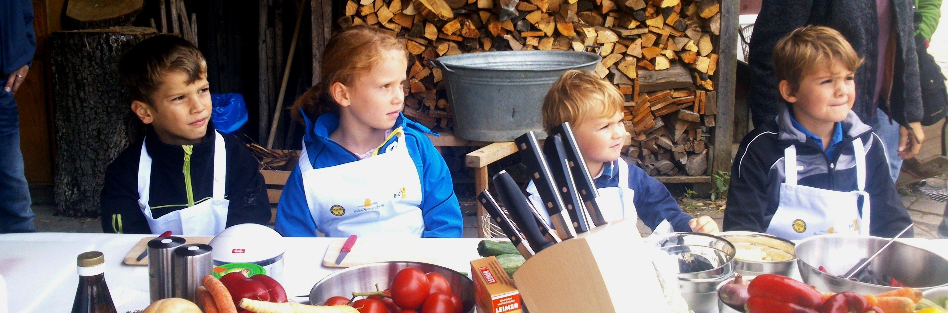 Bild Kinder und Jugendliche erleben und genießen regionale Spezialitäten