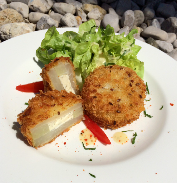 Kohlrabitaler 'gebacken' mit Frischkäse-Kräuterfüllung