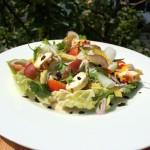 Salate mit Birne und Käse sind eine bewährte Kombi