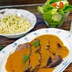 Tischlein, deck Dich! Sauerbraten mit Spätzle und Salat