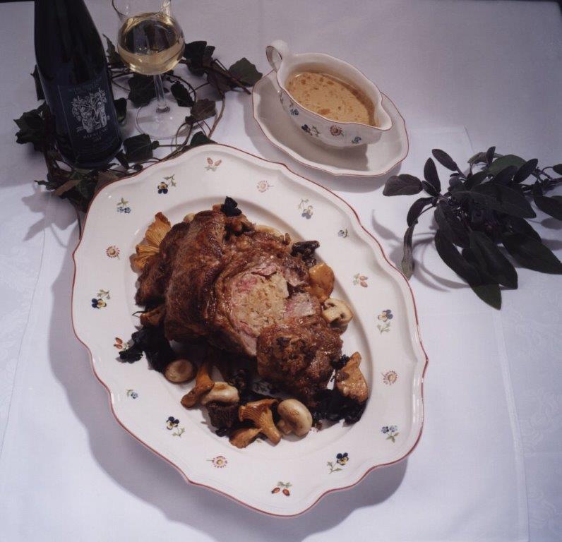 Gefüllte Kalbsbrust mit frischen Pilzen (von Jürgen Andruschkewitsch vom Bioland Restaurant Rose)