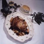 So werden Gäste umsorgt: gefüllte Kalbsbrust -  frisch aus dem Ofen