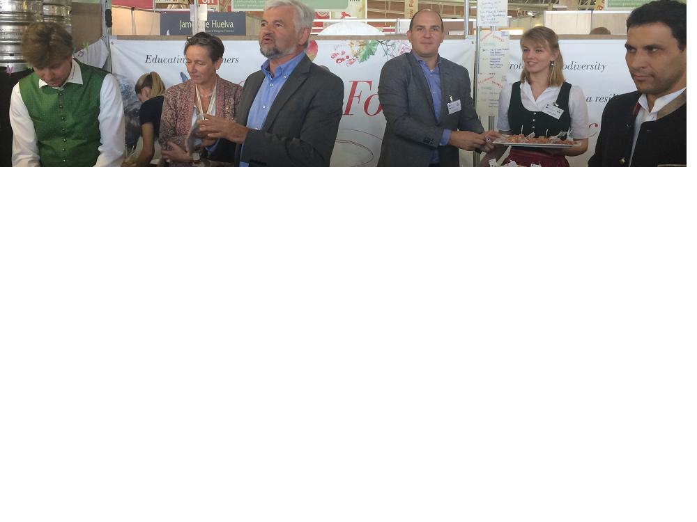 Bild Spezialitäten aus dem Genießerland auf Slow Food Messe in Turin