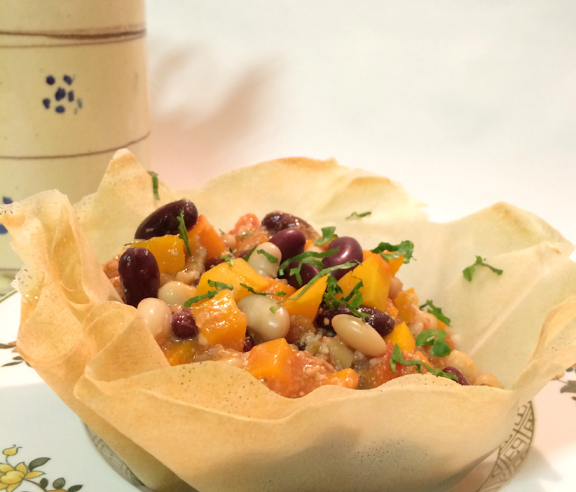 Muskatkürbis-Bohneneintopf mit Rind und Chili