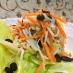 Knackig, cremiger Salat aus Wurzelgemüse ...