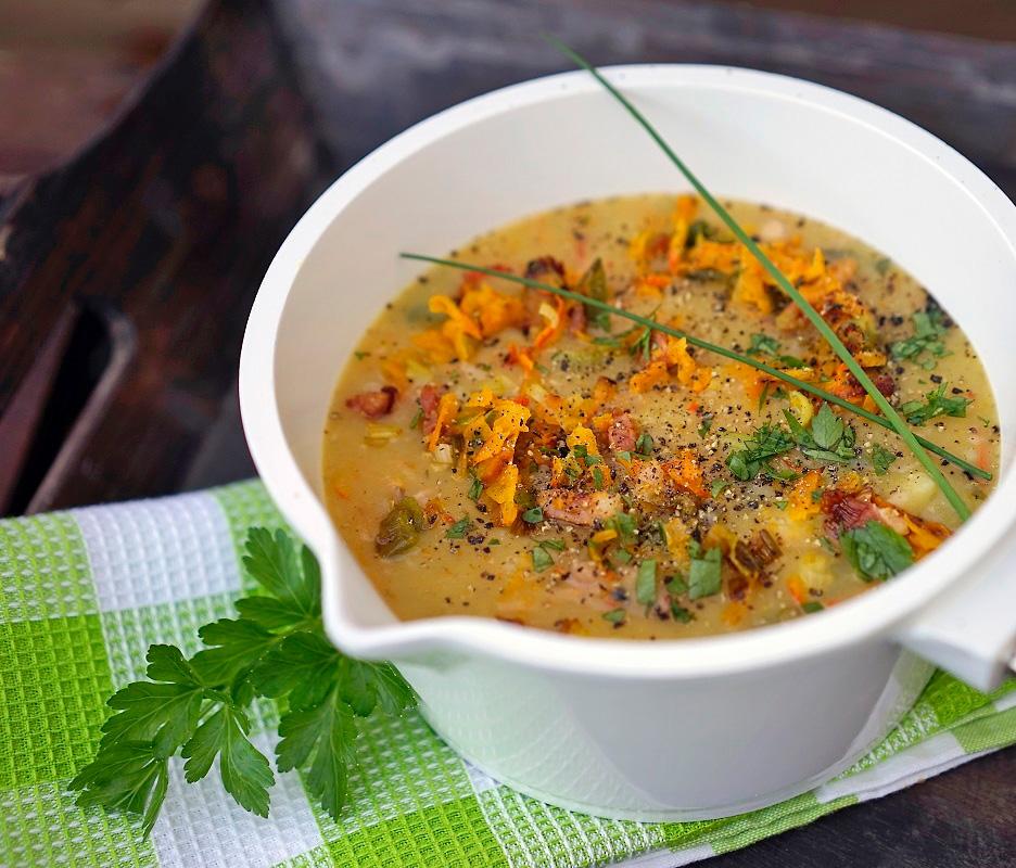Kartoffel-Suppe mit Kürbis und Speck