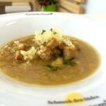 Kräftiger Geschmack zur Herbstzeit: Badische Zwiebelsuppe