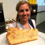 Bodensee Apfelprinzessin Ines und ihr Apfelstreuselkuchen...