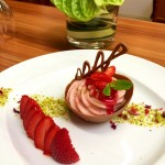 Erdbeer Mousse in der Schokoschale