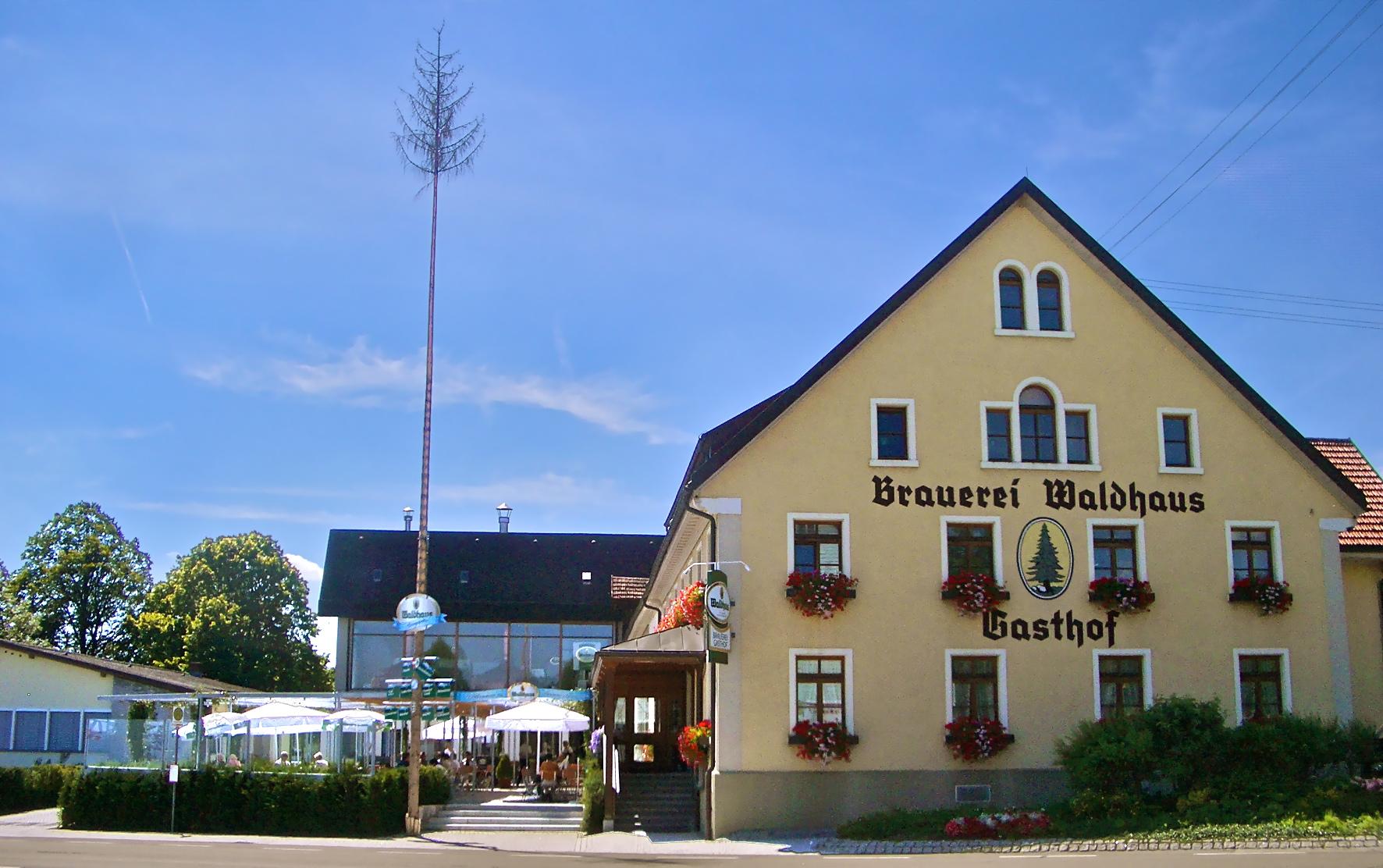 Bild 1 Brauereigasthof Waldhaus