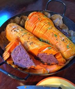 Gebackener Butternut Kürbis mit herzhafter Kartoffelfüllung