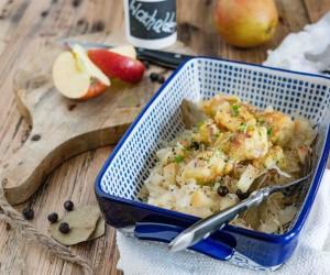 Schwäbische Wurst-Knöpfle mit Apfel-Sauerkraut