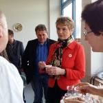 Demeter-Milchbauern geben ihrer Milch ein Gesicht – Staatssekretärin Friedlinde Gurr-Hirsch zu Gast in Schrozberg