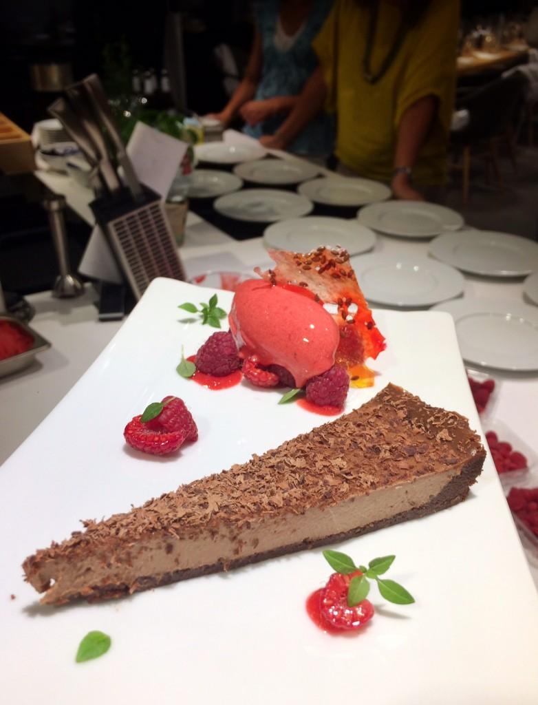Silvesterknaller: Schoko-Cheesecake mit Kinderpunsch-Sorbet