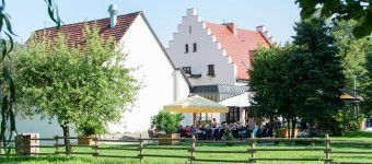 Bild 1 Landgasthaus Scheffellinde