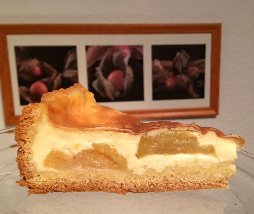 Versunkener Apfelkuchen mit Vanillepudding