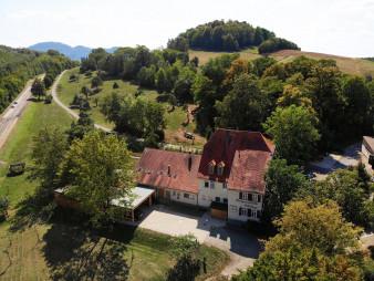 Bild 1 Gutsgaststätte Alteburg