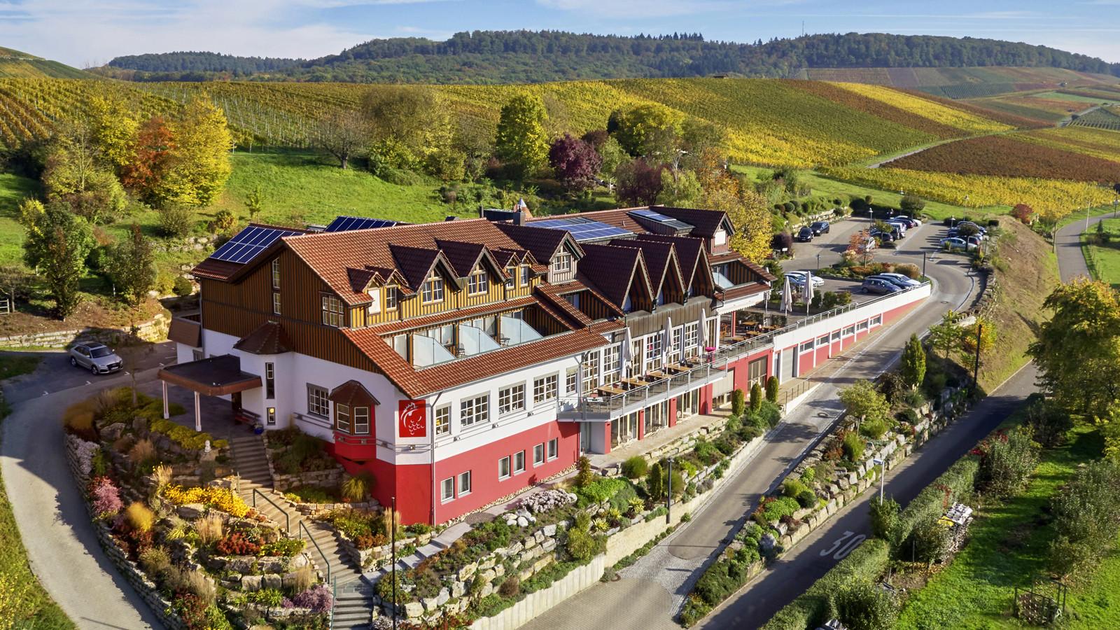 Bild 1 Hotel Gasthof WO DER HAHN KRÄHT
