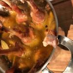 Confierte Gänsekeulen mit Kartoffelsalat
