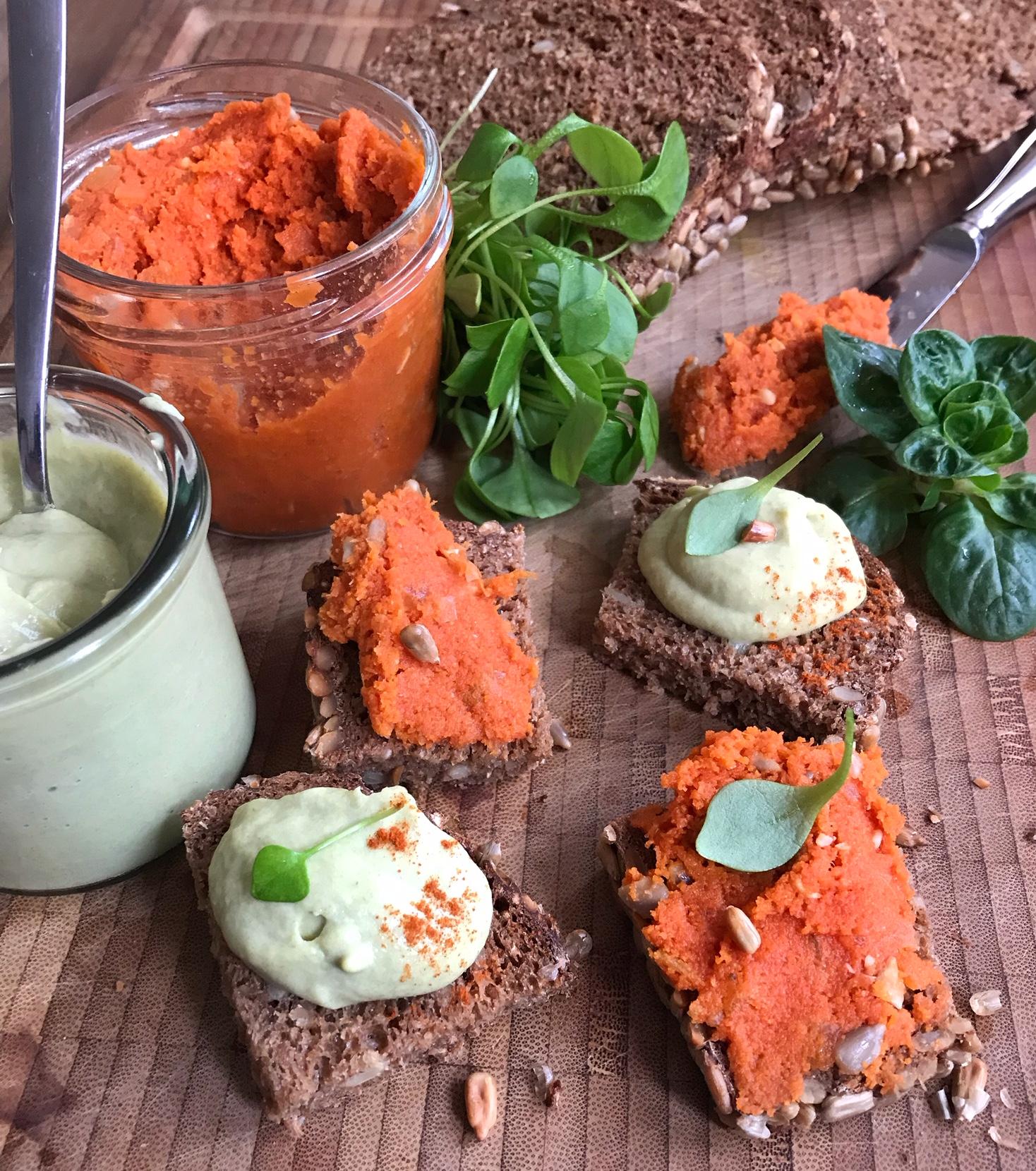 Herzhafte Brotaufstriche: Lauchcremebutter & nussige Karottenbutter