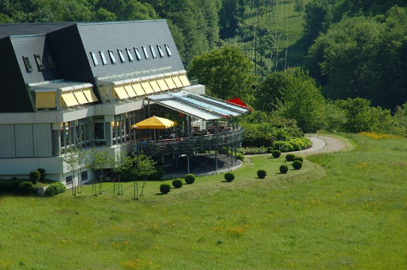 Bild 1 Stausee-Hotel Klose
