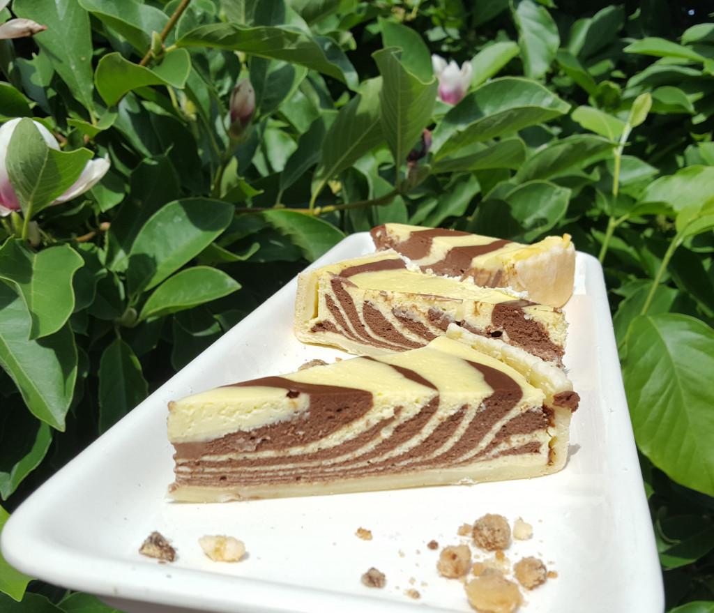 Hingucker auf der Kaffeetafel: Tiger-Käsekuchen