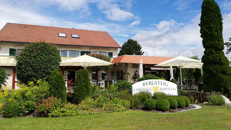 Bild 1 Landhotel Donautal