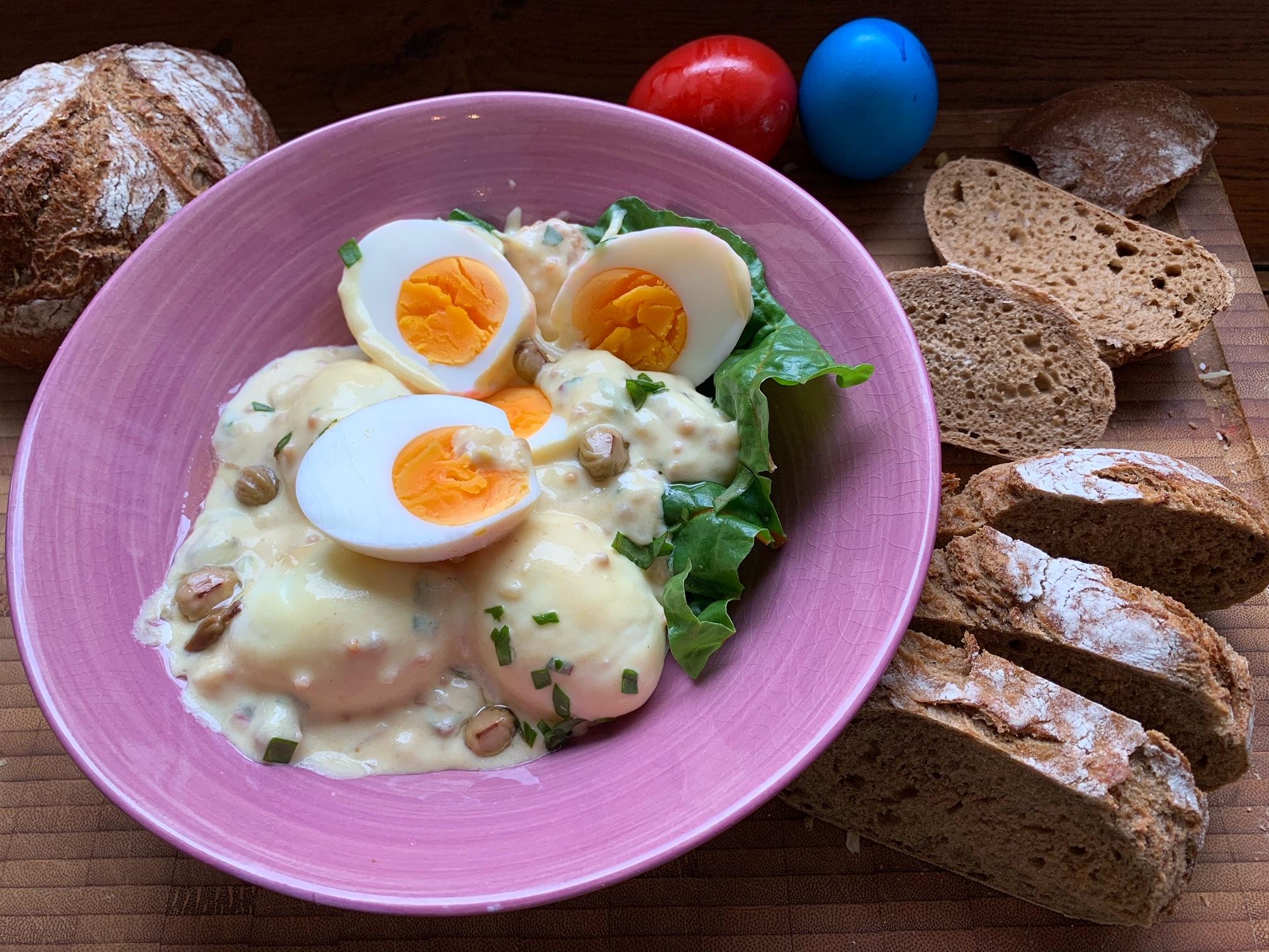 Eier in Senfsoße