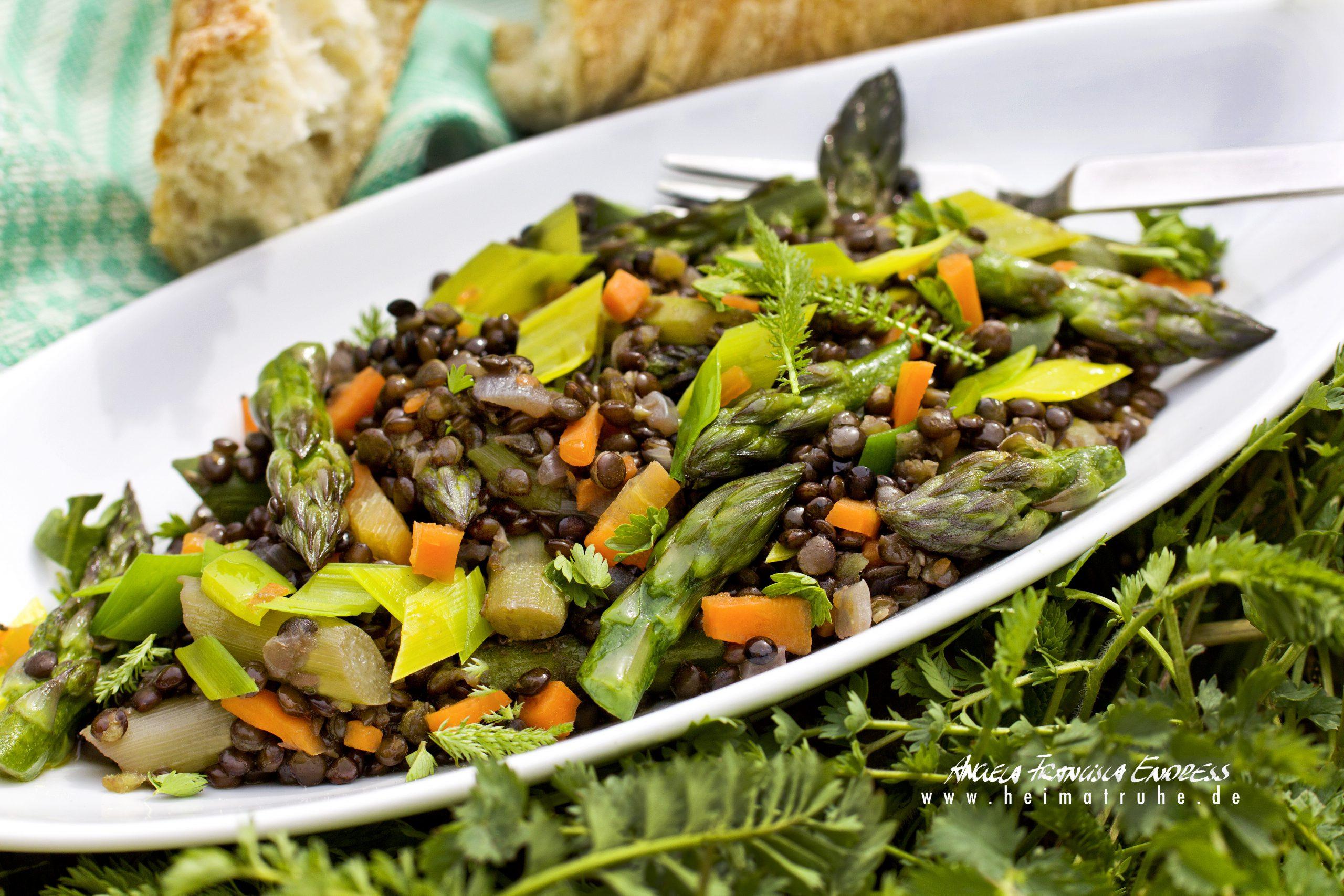 Ackerbohnen-Spargel-Salat von Jürgen Andruschkewitsch (Bioland Restaurant Rose)