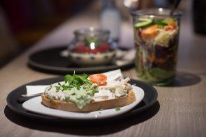 Stuttgart Cafe Justus Sommer Bowl Intro Bild